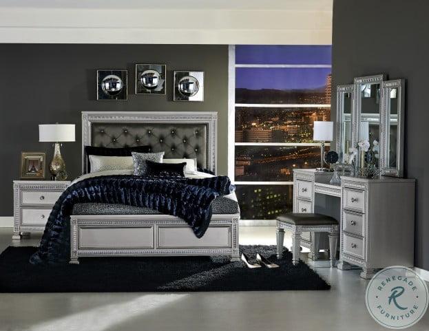 Bevelle Silver Upholstered Panel Bedroom Set
