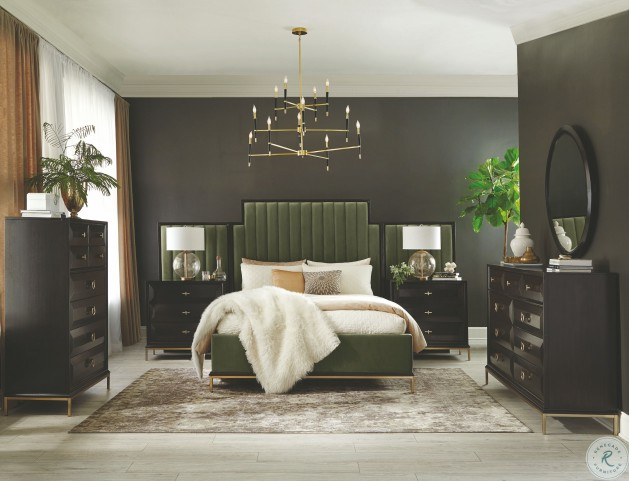 Formosa Dark Moss Velvet Upholstered Queen Panel Bed