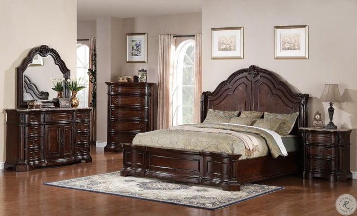 Edington Panel 4 Piece Bedroom Set