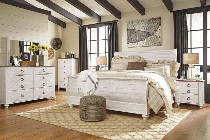 Willowton Whitewash Sleigh Bedroom Set