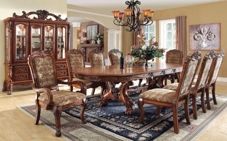 Medieve Antique Oak Buffet With Hutch