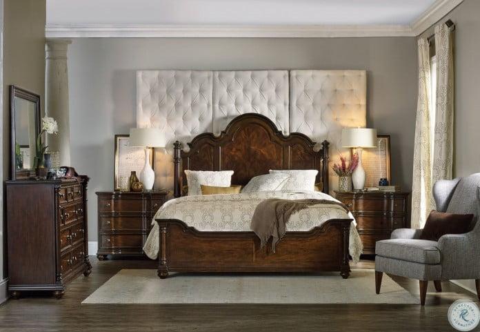 Leesburg Brown Poster Bedroom Set