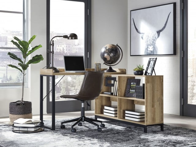 Gerdanet Light Brown L Desk