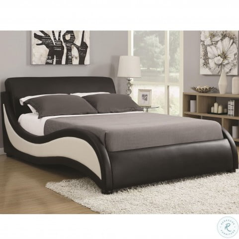 Niguel Black and White Upholstered Queen Platform Sleigh Bed